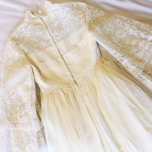 Boho Vintage Piccione Wedding Dress